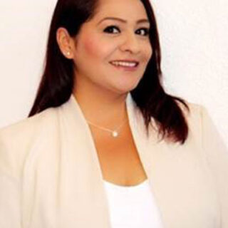 Esmeralda Gamez - Inszone Insurance Commercial Lines Account Manager
