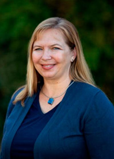 Brandy Hollingshead - Inszone Insurance Senior Benefits Insurance Specialist